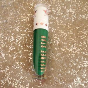 Jeffree Star liquid lipstick in mistletoe